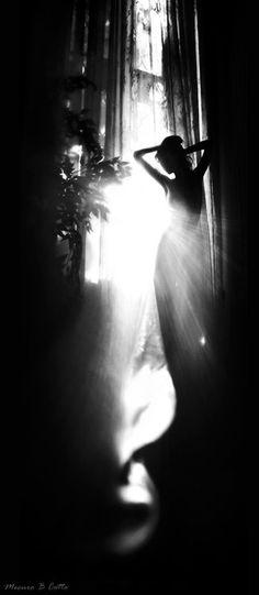 ☾ Midnight Dreams ☽  dreamy & dramatic black and white photography - la dame de la nuit
