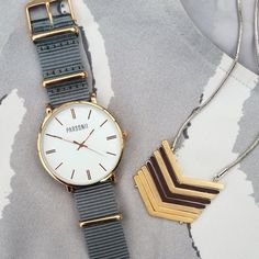 With its timeless yet trendy appeal, Parsonii\'s Rose Gold timepiece won't have any trouble taking center stage.