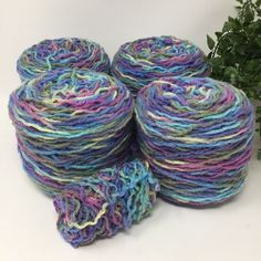 Yarn Recycled Acrylic Variegated Worsted  Weight 4 Cakes 581 Yards 14 Oz Lot 671  | eBay
