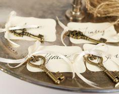 Unique Wedding Escort Card & Place Card Ideas| Wedding Blog ...