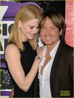 Nicole Kidman & Keith Urban - CMT Music Awards 2013 Red Carpet | nicole kidman keith urban cmt music awards 2013 red carpet 02 - Photo