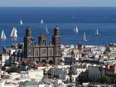 Gran Canaria - Vegueta. Topógrafo. Land Surveyor. Repin: Topografía BGO Navarro - Estudio de Ingeniería