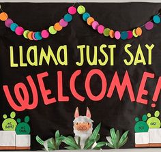 Get the best back-to-school bulletin board ideas right here from WeAreTeachers' most creative educators. You'll want to steal these ideas! Welcome Bulletin Boards, College Bulletin Boards, Kindergarten Bulletin Boards, Summer Bulletin Boards, Interactive Bulletin Boards, Reading Bulletin Boards, Bulletin Board Ideas For Teachers, Thanksgiving Bulletin Boards, Halloween Bulletin Boards