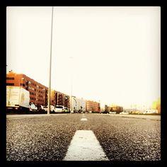 Recorte la calle por la línea de puntos  - @jasepuch