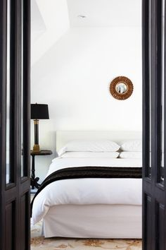 All Things Black & Gold In Home Decor