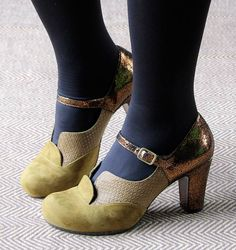 TORINO OLIVE :: SHOES :: CHIE MIHARA SHOP ONLINE
