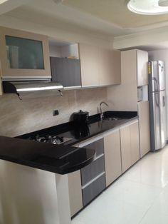 Cocina genova 240 cm con 8 puertas 3098693 coppel - Cocinas blancas con granito ...