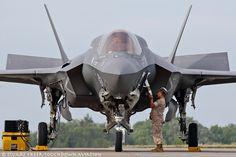 https://flic.kr/p/NfyDeg | 166727/VK-19 F-35B VMFAT-501 'Warlords' MCAS Beaufort.