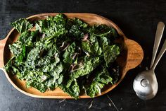 Kale and Anchovy Salad Plus technique pointers for kale salads in general Veggie Recipes, Appetizer Recipes, Salad Recipes, Vegetarian Recipes, Healthy Recipes, Yummy Recipes, Appetizers, Nutritional Yeast Recipes, Soup And Salad