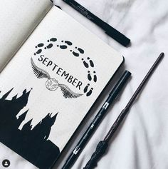 Magical Harry potter bullet journal ideas you need to see! Almost a mess Are you a Harry Potter fan looking for some bullet journal inspiration?This post collects more than 40 Harry Potter bullet journal ideas for your bujo. Bullet Journal Inspo, Bullet Journal Banners, Bullet Journal Notebook, Bullet Journal Spread, Bullet Journal Layout, Bullet Journal September Cover, Bullet Journals, Bullet Journal Doodles Ideas, Bullet Journal Cover Ideas