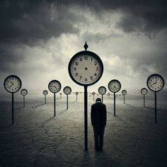 "Hours and clouds. When the clock does not mark the hours. Suspension in time. (Photo Manipulation by Norvz Autriche or ""The Time Traveler"" by Norvhic Fernandez) ? Surrealism Photography, Conceptual Photography, Art Photography, Artistic Photography, Art Bizarre, Weird Art, Strange Art, Surreal Artwork, Art Manga"