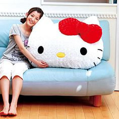 giant hello kitty pillow!! I could totally make this..would make a really cool baby shower gift..