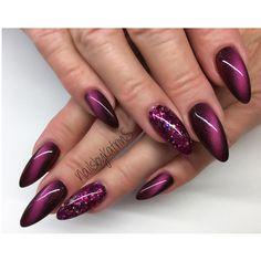 ― Naildesignerin in Berlinさん( 「My work ✨ Cateyegel Angels von ABC Nailstore 💕 eine tolle Farbe für den Herbst ! Love Nails, Pretty Nails, My Nails, Purple Glitter Nails, Pink Nails, Nail Polish Designs, Nail Art Designs, Nagellack Trends, Cat Eye Nails