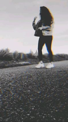 Beautiful Nature Pictures, Cute Love Pictures, Beautiful Nature Scenes, Sunset Photography, Girl Photography Poses, Dark Photography, Tenten Y Neji, Aesthetic Photography Grunge, Girl Hiding Face