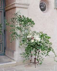Laurie Arons: Soft beautiful florals outside the church by Mindy Rice, Jose Villa