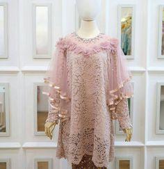 Dress Brukat, Hijab Dress Party, Batik Dress, Dress Brokat Modern, Kebaya Modern Dress, Kebaya Lace, Kebaya Dress, Abaya Fashion, Women's Fashion Dresses