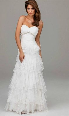 Nice white prom dresses for teens 2018-2019 Check more at http://bestclotheshop.com/dresses-review/white-prom-dresses-for-teens-2018-2019/