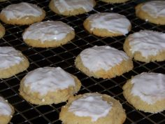 Frosted Ricotta Almond Cookies - Low carb recipes suitable for all low carb diets - Sugar-Free Low Carb Recipes