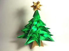Origami Christmas Tree (variation by Jo Nakashima  - NO glue!) Paper arts holiday tree #christmas #holiday