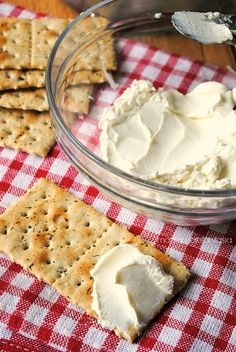 Philadelphia fatta in casa - 1452 Ricotta, Crepes, Philadelphia, How To Make Cheese, Kefir, Antipasto, Italian Recipes, Food And Drink, Cooking Recipes