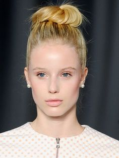 topknot and simple summer makeup