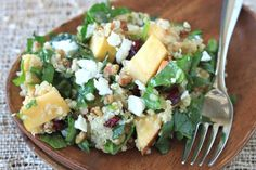 Apple, Pecan, and Goat Cheese Quinoa Salad Quinoa Salad Recipes, Healthy Recipes, Cooking Recipes, Cooking Tips, Vegetarian Salad, Quinoa Recipe, Healthy Diet Plans, Avocado Recipes, Cooking Food