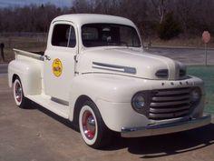 Ratrod Ford Pickup