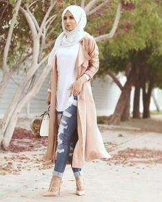 """Just Own it #StreetStyle #hijabfashion #fashionblogger #fashion"""