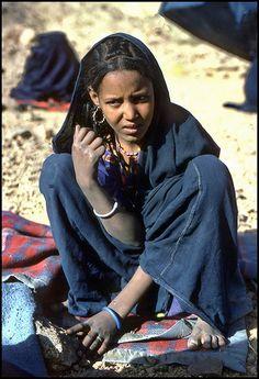 Tuareg girl . Algeria