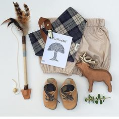 Love a good flatlay of browns, tans and checks by the lovely @jonti_evie_and_i xx