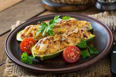 Heerlijke koolhydraatarme gevulde courgettes met tonijn | Freshhh