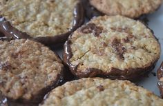 Depuis le temps que je l'attendais.. Les galettes suédoises au chocolat et aux flocons d'avoine : la recette !