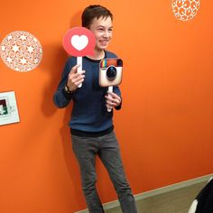 Hayden having fun at the offices of ABC Family! | The Fosters