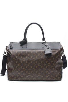 Louis Vuitton Androise Taiga Leather Beloukha Messenger Bag  72d4d14e3c57d