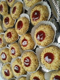 Biscuit Cake, Biscuit Cookies, Baking Recipes, Cookie Recipes, Patisserie Fine, Algerian Recipes, Jam Cookies, Thumbprint Cookies, Pasta