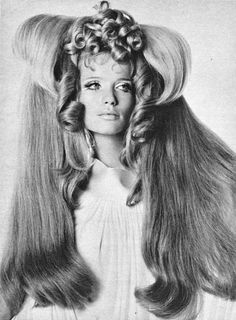1960s architectual hairstyle, photo: Irving Penn, French Vogue