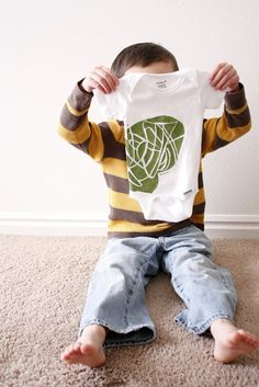 Nesting: Kid Art Onsies...Sibling Gifts - delia creates
