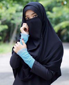 "Nassarud Nussarat di Instagram """" แฟนก็ไม่มี นายกดีๆก็ไม่ได้ "" #หยอกๆๆ 😜😁😅 #Review🌈 ปลอกแขนมุสลิมะฮฺ รุ่นพลีท สุดน่ารัก😘 ใส่สบาย ปกปิดเอารัต #ของมันต้องมี 🤩…"""