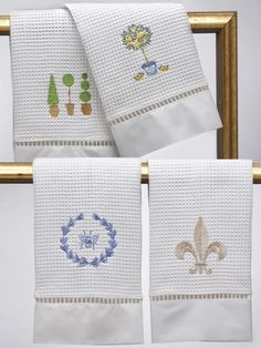 Cotton embroidered guest towels from Jacaranda Living. Waffle weave, ladder lace.