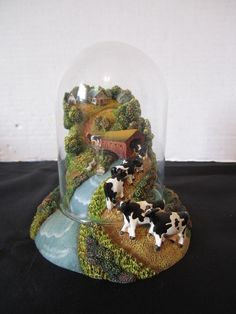 Herraro Cow Sculpture The Road To Town Under Glass Franklin Mint Covered Bridge