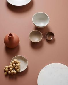 """""""An animating and life-affirming coral hue with a golden undertone that energizes and enlivens with a softer edge. Every December, the Pantone Colour Institute c Terracota, Jotun Lady, Keramik Design, Live Coral, Coral Pink, Blush Pink, Prop Styling, Deco Design, Color Stories"""