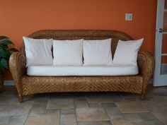 Malabar Pottery Barn Oversized Wicker Couch/sofa   Discontinued, Great  Shape In