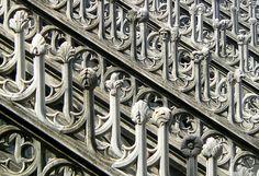 """eccellenze-italiane: """" Milano - Duomo - particolare decorazioni copertura by…"""