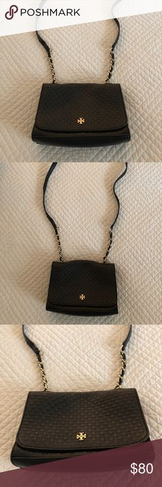 Tory Burch black cross body bag Excellent condition Tory Burch black cross body bag. Tory Burch Bags Crossbody Bags