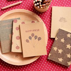 South Korea stationery creative fantasy and space retro hand-drawn little book blank notebook kraft notepad - Taobao