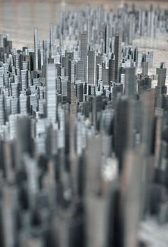 Peter Roots Ephemicropolis : A City of Staples