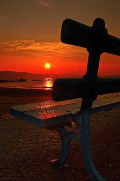 Felicidade é um fim de tarde olhando o mar... Imagens Noturnas 52df374a294