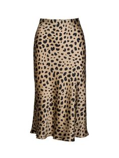 Shop Réalisation's range of style, silk, slip skirts. Including our famous Naomi - Wild Things, leopard print, midi skirt. Jupe Midi Leopard, Leopard Print Skirt, Look Blazer, Satin Midi Skirt, Silk Dress, Slip Skirts, Midi Skirts, Midi Dresses, Fall Dresses