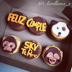 Cupcakes toppers Monkey and dog