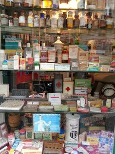 Window shopping from the past #pharmacy #bilbao
